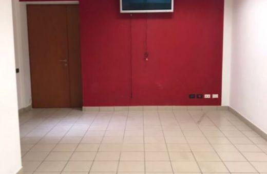 Ufficio al piano terra di 20 mq. Rif:L1007