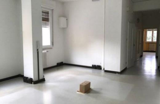 Ufficio di 65 mq in zona centrale. Rif:L1033