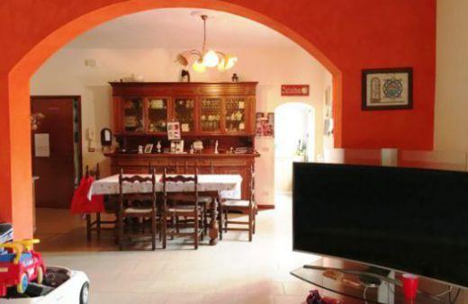 Appartamento con 2 camere climatizzato e arredato.Rif:L872