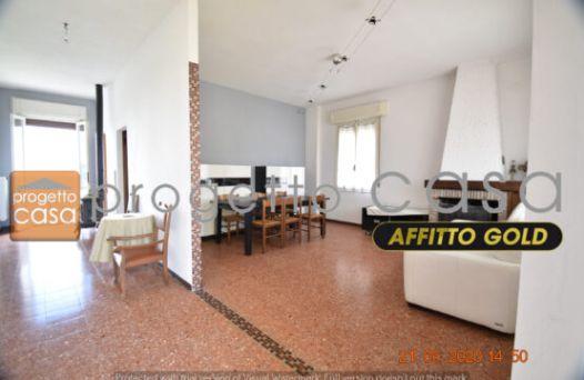 Appartamento con 2 camere e garage Rif:L1099